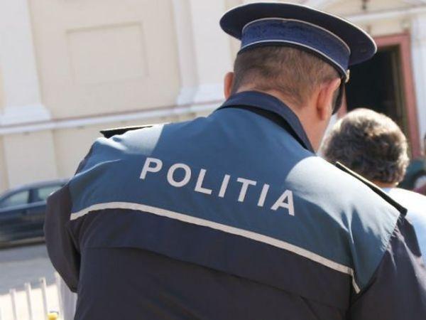 Polițiști din Roșiori de Vede, condamnati pentru luare de mită