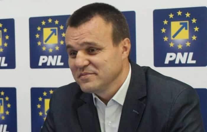 Senatorul Eugen Pîrvulescu, izolat la domiciliu pentru 14 zile.